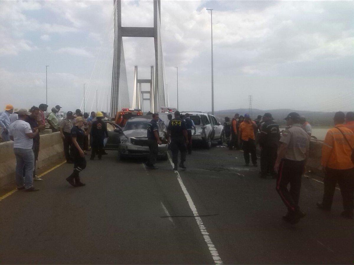 Cinco personas murieron en un accidente en el Puente Orinoquia — VENEZUELA
