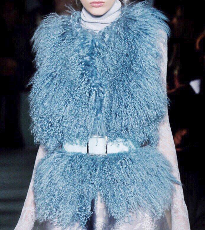 8c0da020b9f609 an oscardelarenta ice queen preo the french blue vest fur collection  oscardelarenta