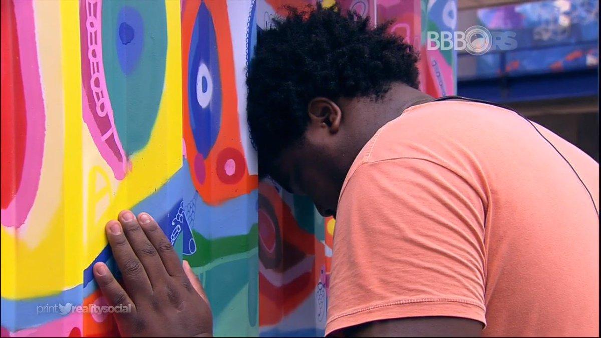 Ronan tenta beijar munik de novo for Door 999 tibia