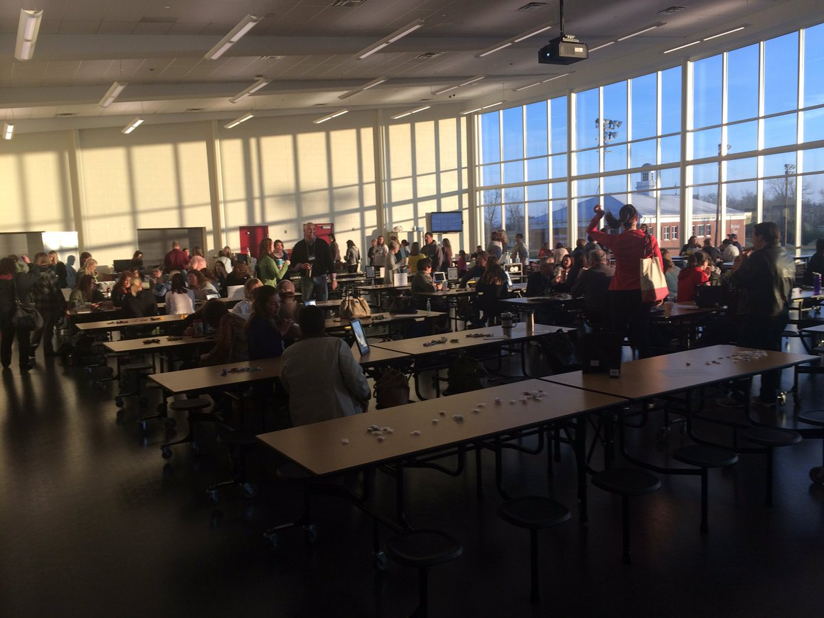 Cafeteria is filling up! #edcampnky https://t.co/0VzpiGiQOT