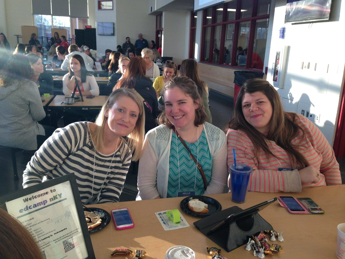 Piner teachers starting their NKY EdCamp experience with coffee and bagels! Thanks NKCES for breakfast! #edcampnky https://t.co/wmXH4CIoQn