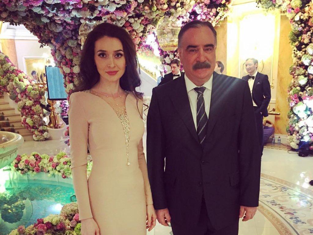 Все фотографии сделаны свадьба гуцериевых