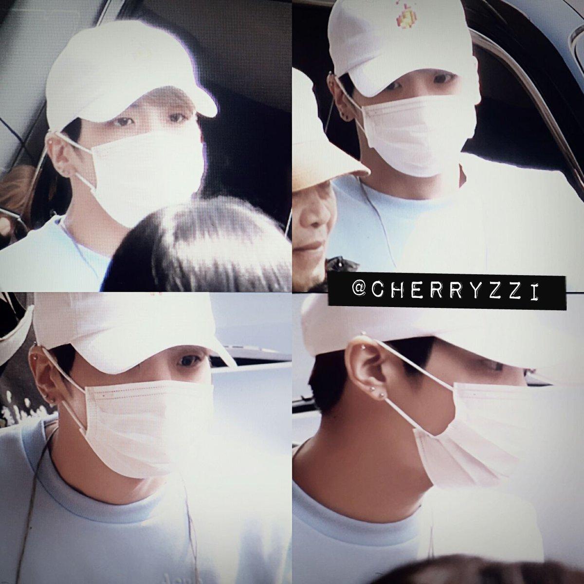160327 Jonghyun @ Aeropuertos Haneda - Gimpo {Regreso a Corea} Cehf-HlXIAACAT4