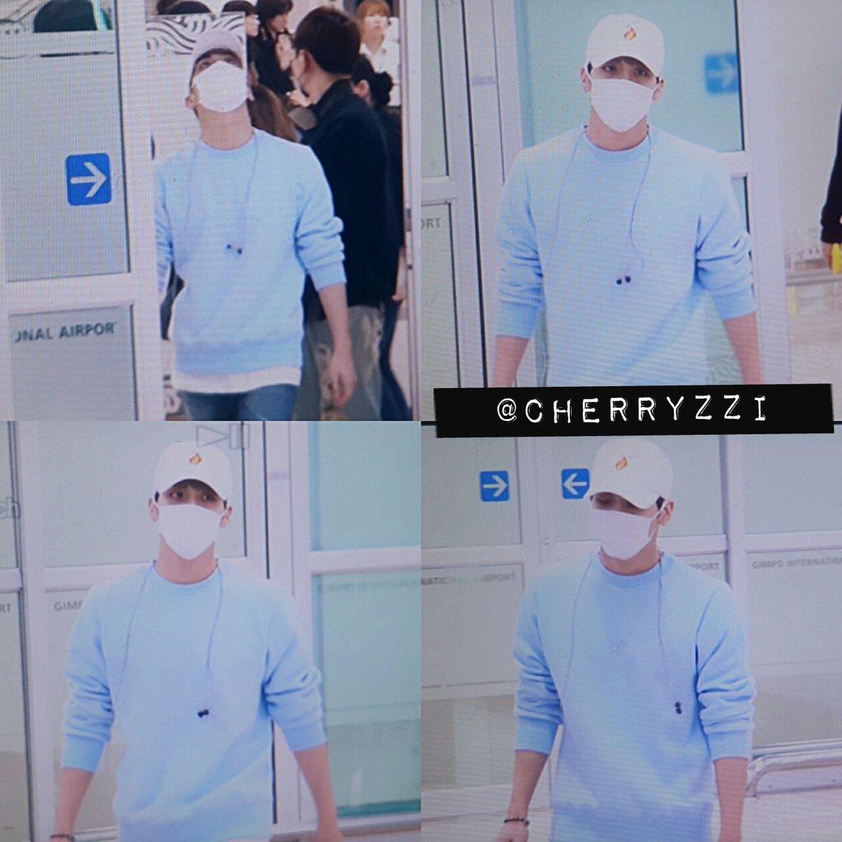 160327 Jonghyun @ Aeropuertos Haneda - Gimpo {Regreso a Corea} Cehf_oOXEAEDJSP