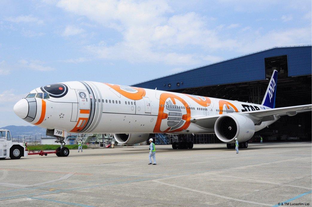 明日、初めての旅客フライトを控えた『BB-8™ ANA JET』です ☆   #BB8ANAJET