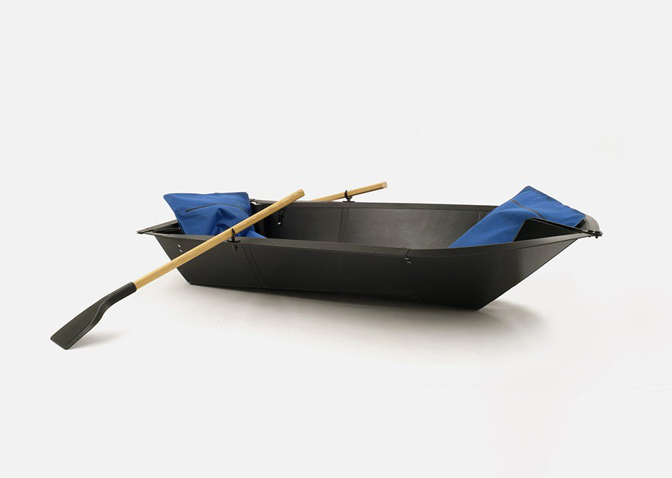 When #design meets #poetry2016: E for Escapism, Folding Boat by Max Frommeld & Arno Mathies https://t.co/b4VrAsEVDW https://t.co/0VO9bwlfV0