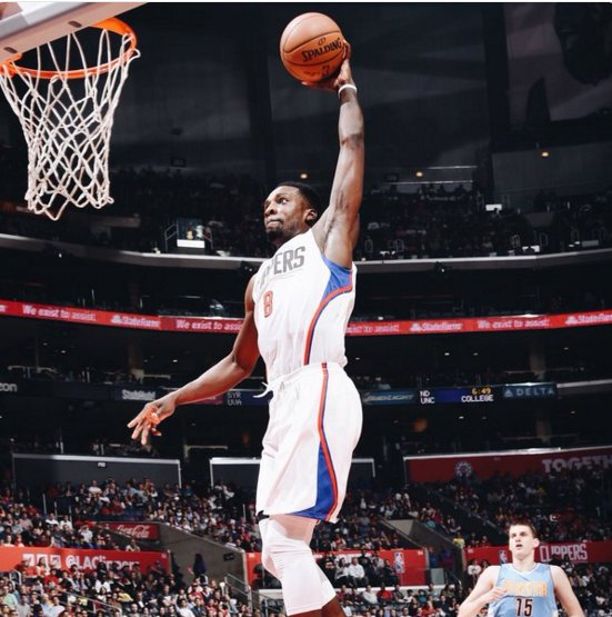 "NBA On Twitter: "".@LAClippers 52, @nuggets 48 At Halftime"