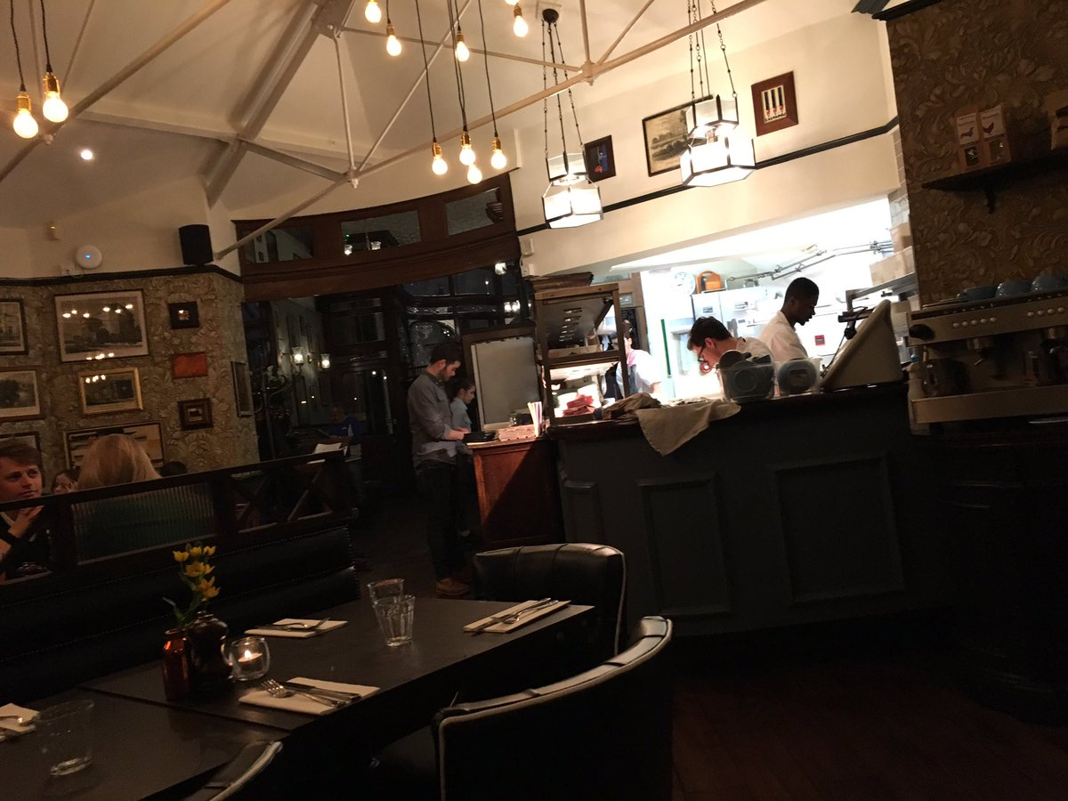 Yairspitzer on twitter found a great new place the formosa dining the formosa dining room theprincealfred in maida vale enjoyed a lovely easter roast httpstygygnduryc sxxofo