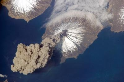 Foto Eruzione Vulcano Pavlof Alaska