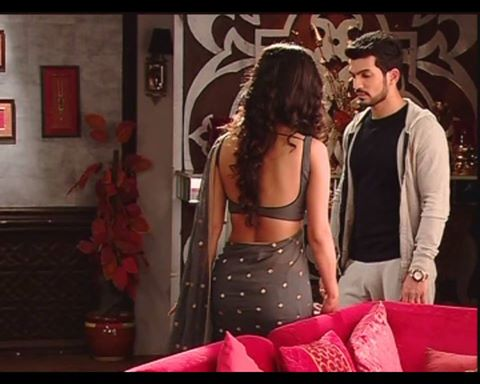 Backless Blouse In Tv Serial 78