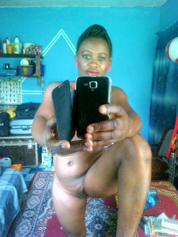 Nude Selfie 4362