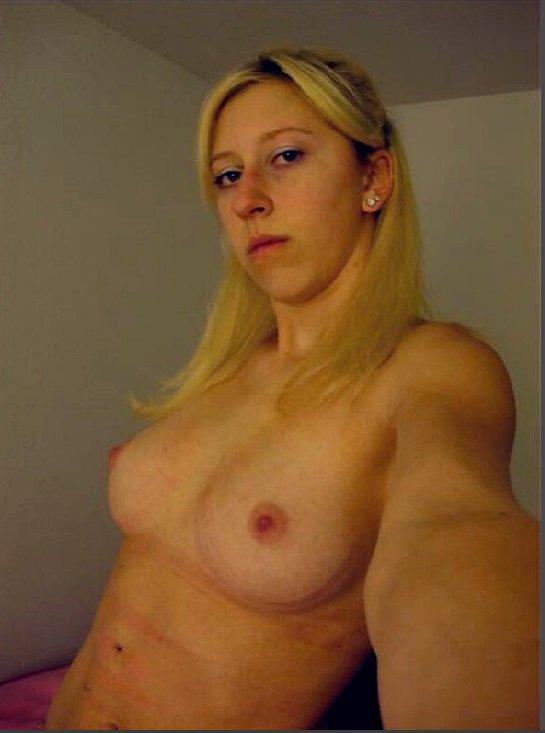Nude Selfie 4375