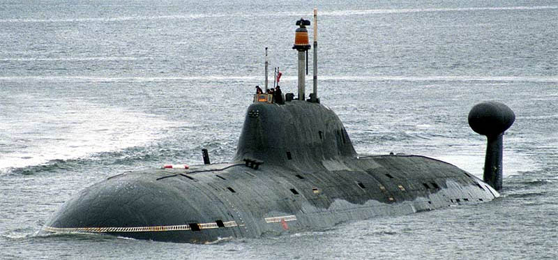 تعرّف على خصائص وقدرات غواصة  Akula- Typhoon Class الروسيه  CeowW5gWAAA4l7P