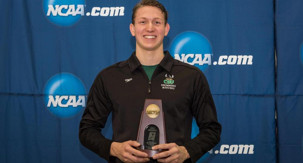 Congratulations to #CLEstate swimmer Philipp Sikatzki on All-America honors! #GoVikings https://t.co/GlIXUAw4Sv https://t.co/3mTTxzdOGF