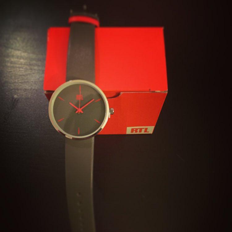 1 re aux grossest tes rt pour gagner mes adidas une montre rtl o tirage au sort le 3 04 16. Black Bedroom Furniture Sets. Home Design Ideas
