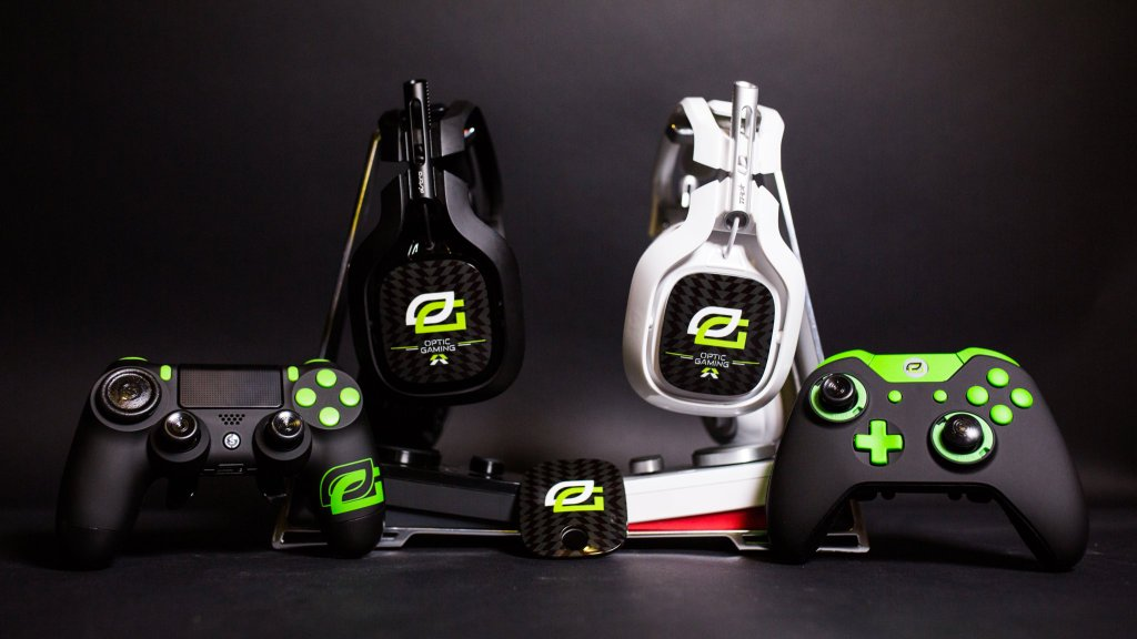 Win an #OpTicGaming A40 + MixAmp TR! #XboxOne #PS4 #GreenWall  RT & Enter: https://t.co/MWtJOtEYSi