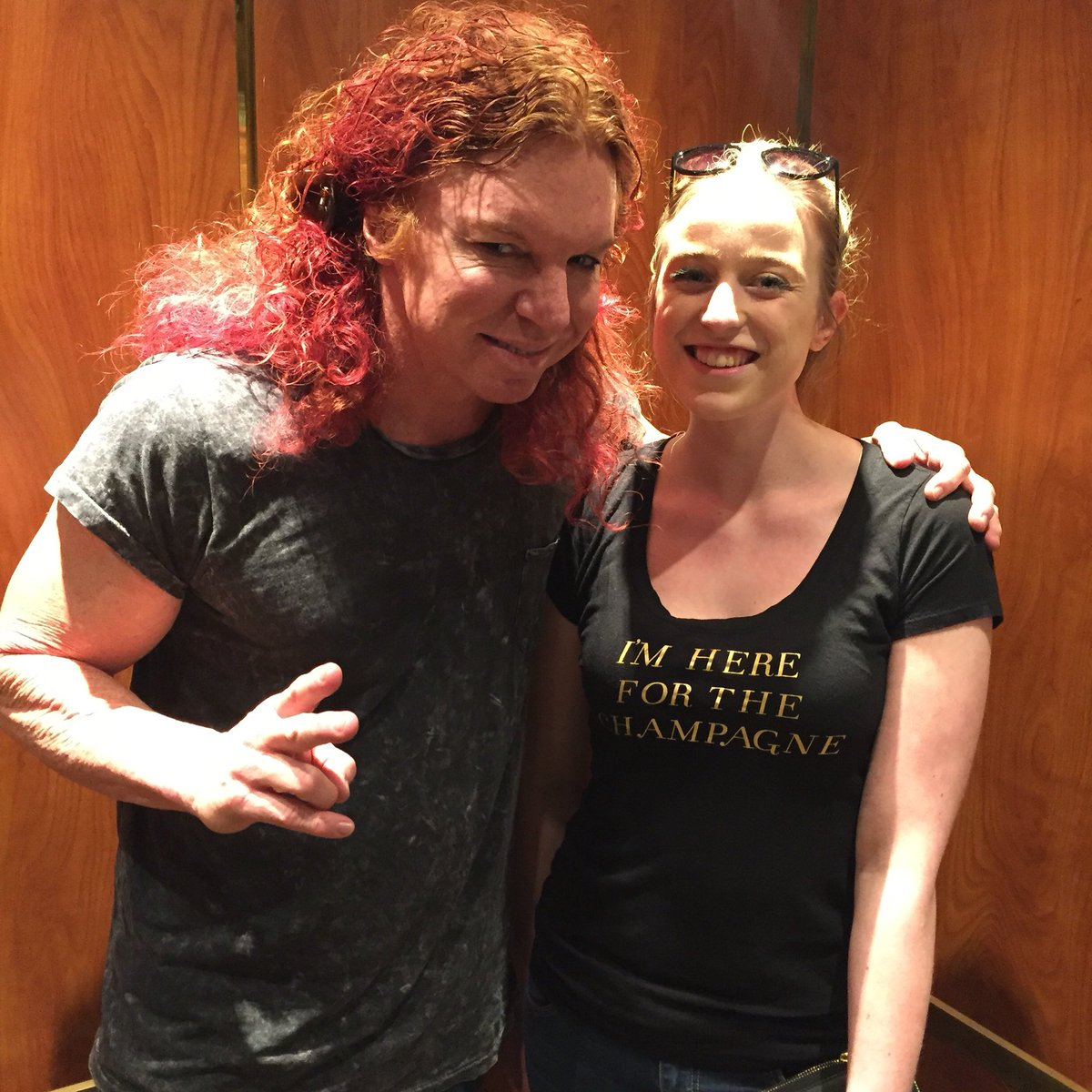 Michaela bourgeois on twitter thursday what if we meet carrot michaela bourgeois on twitter thursday what if we meet carrot top on the way to his show elevator doors open meets carrot top m4hsunfo