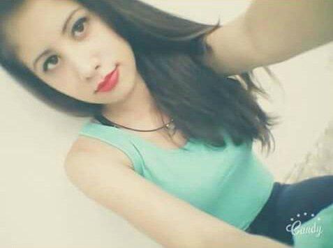 Lionela Martínez, alumna del colegio Medalla Milagrosa de Lanús, desapareció el 21/3. Si la viste: 42428781 #HacéRT https://t.co/j6VqwXwCiJ