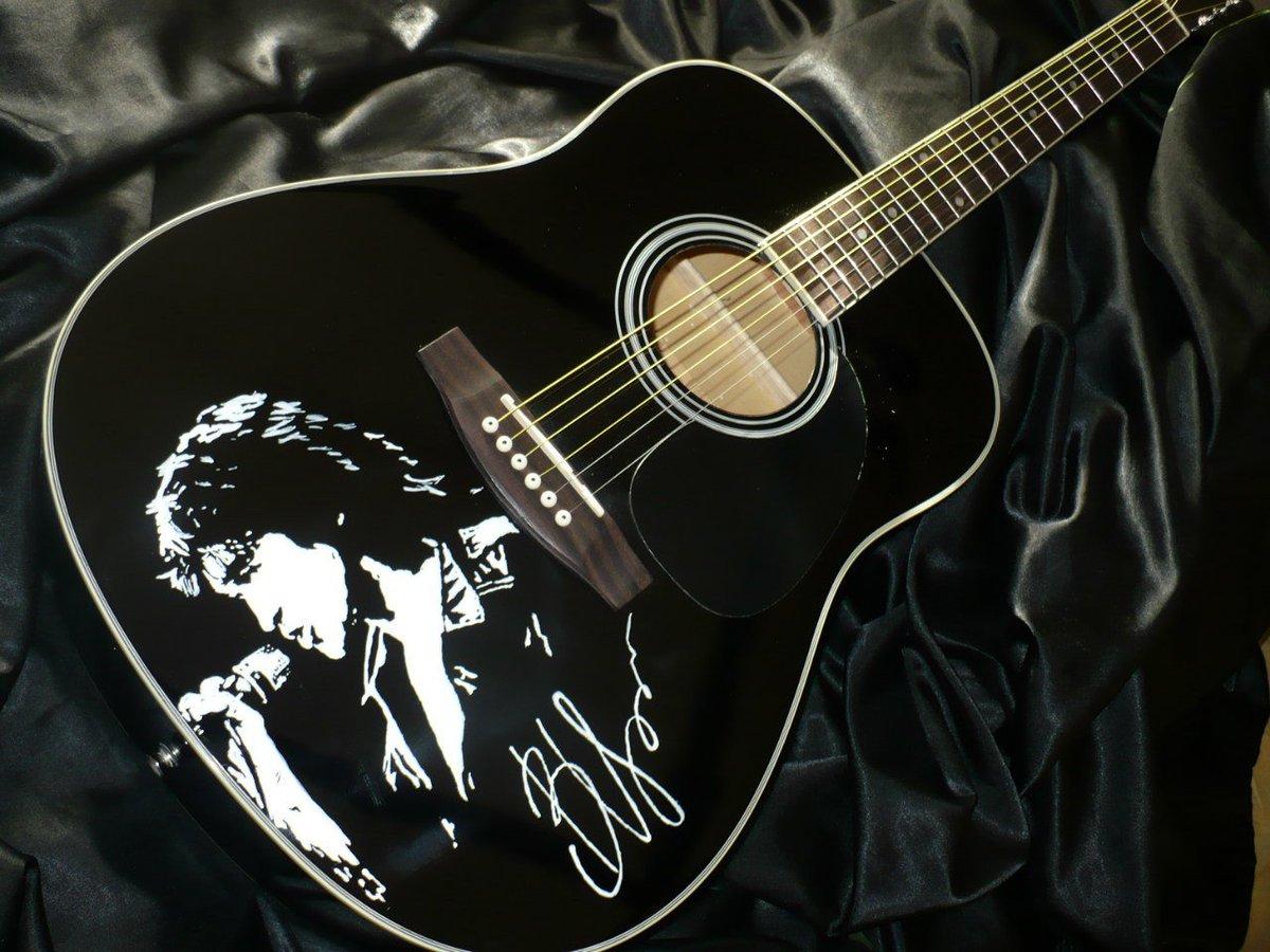 Открытка бумаги, картинки гитара с надписями