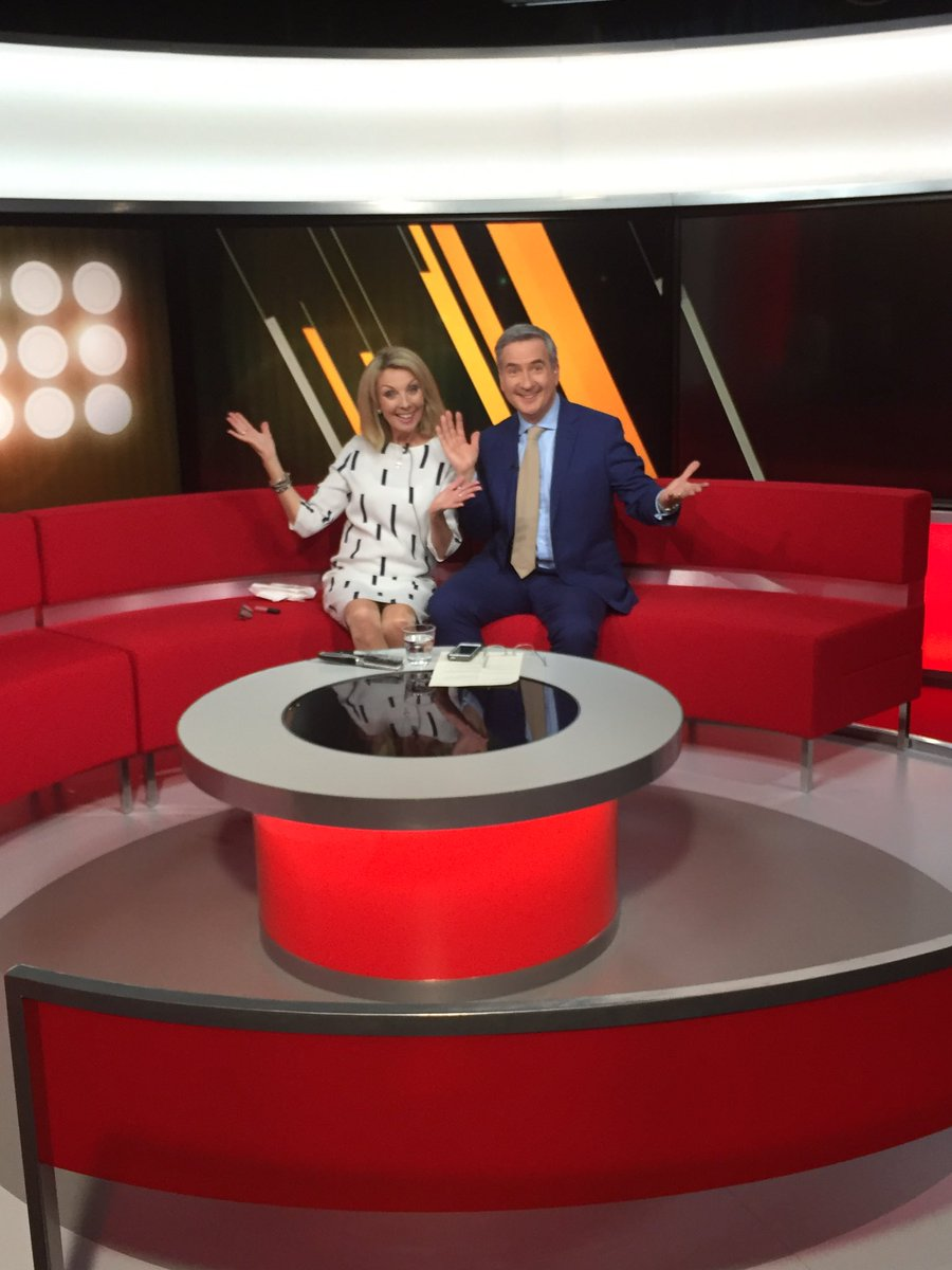 New lights, new set, new frock!! (And that's just @quentinrayner ) @bbcemt https://t.co/KBMC6aNRVO
