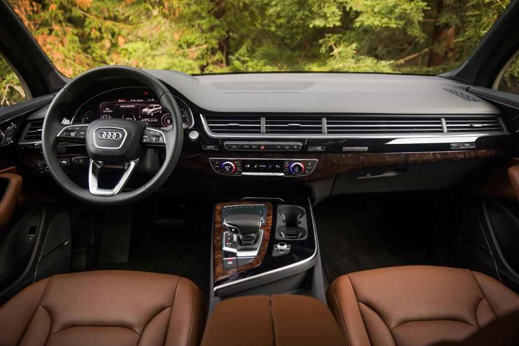 Audi On Twitter Nougat Leather Interiors Inedible But Still Mouth Watering Audiq7 Https