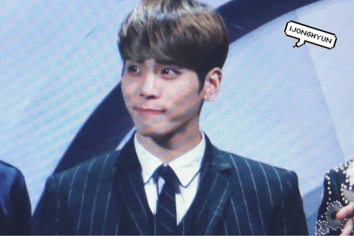 160329 Jonghyun @ '2016 KU Asia Music Awards' Ceujyy6XEAILGU-