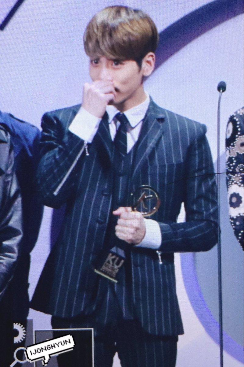 160329 Jonghyun @ '2016 KU Asia Music Awards' CeujyyvWEAA1Caq