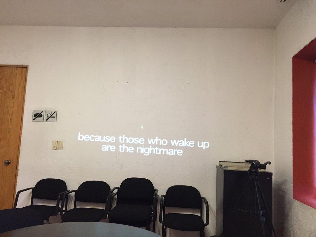 Ya estamos leyendo #Tiqqun en el #SeminarioTF EN @cmm_cenart https://t.co/Nap12sytPQ