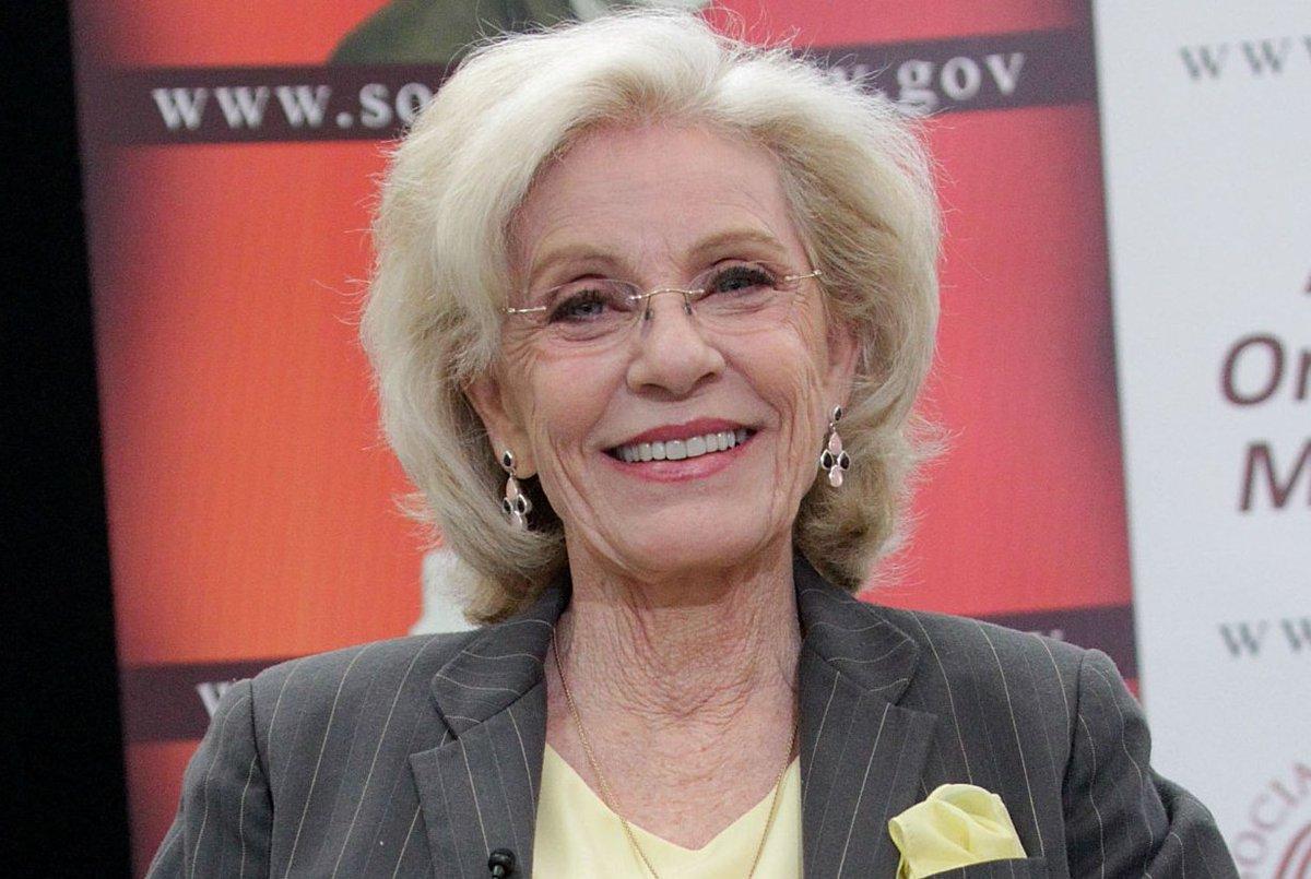 BREAKING: Oscar-winning actress #PattyDuke is dead at 69 https://t.co/tTTaQIDnzI https://t.co/EA14oqThth