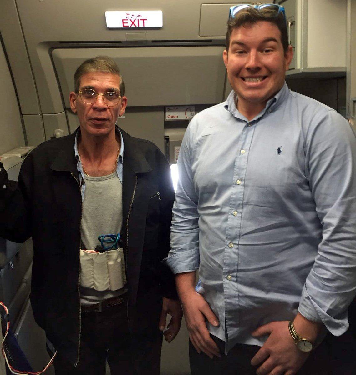 Aberdeen man poses for photo with EgyptAir plane hijacker https://t.co/fXtgRf0c58 https://t.co/JnfBsuDAws