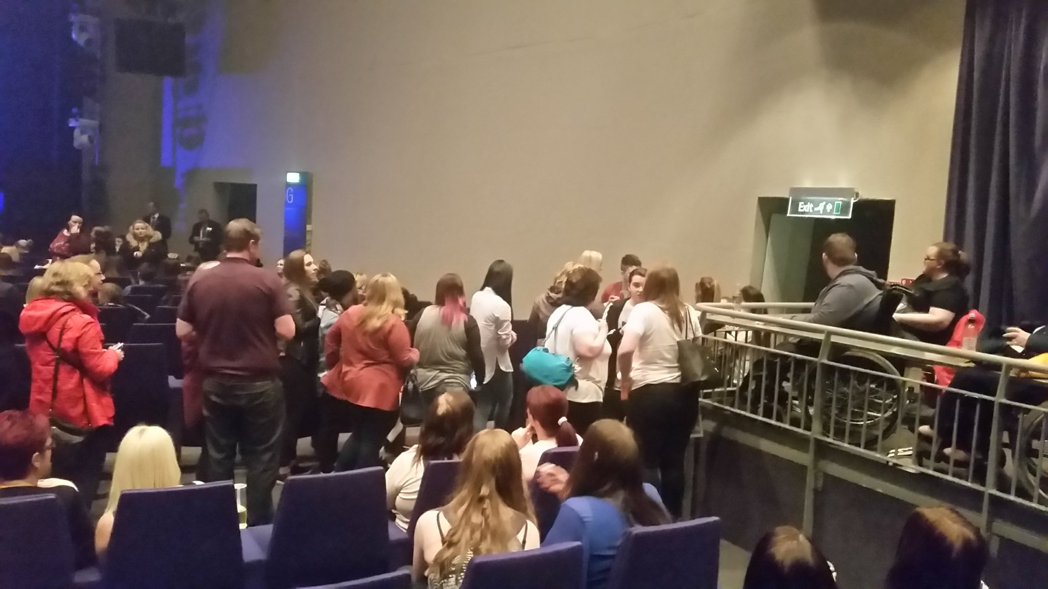 RT @LindayLoo62: @nickymcdonald1 U were a total star tonight Nicky the queue for pics with u went round the whole Clyde Auditorium 😃 https:…