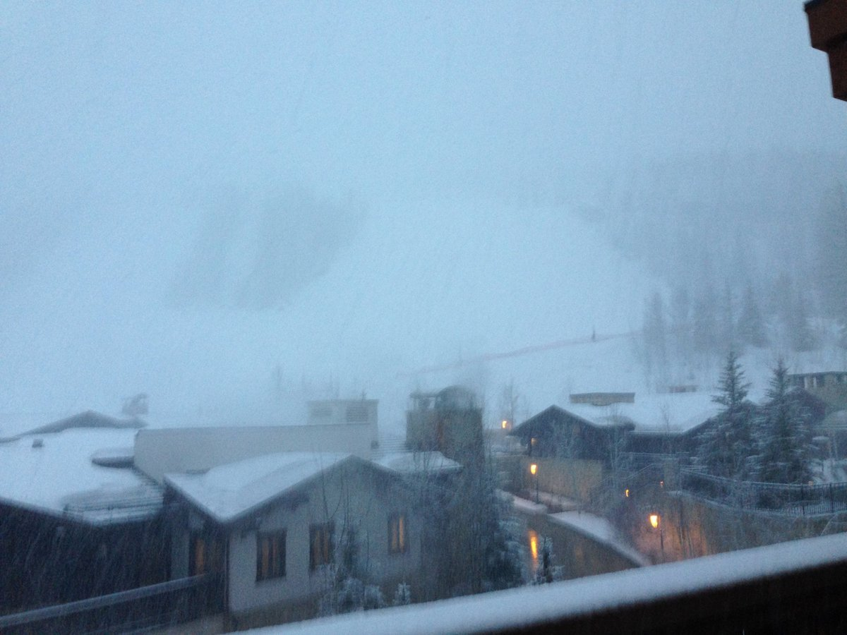 VAIL - I just heard the news from a VR exec: Tx to gr8 snow, Vail extended season by 1 week. Pic from our window… https://t.co/YE4eFCukce