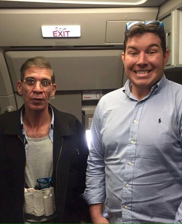 Priceless! le selfie avec le pirate d' #EgyptAirHijack