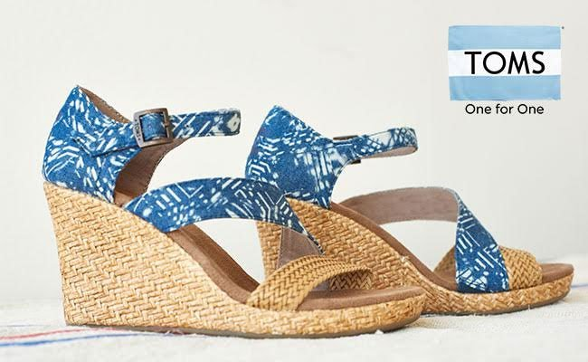 PI RT: Only 24 hours left! #winitwednesday #Win 2 products worth up to £250 @TOMS https://t.co/6wJCJFedEo https://t.co/soWnH5YuIR