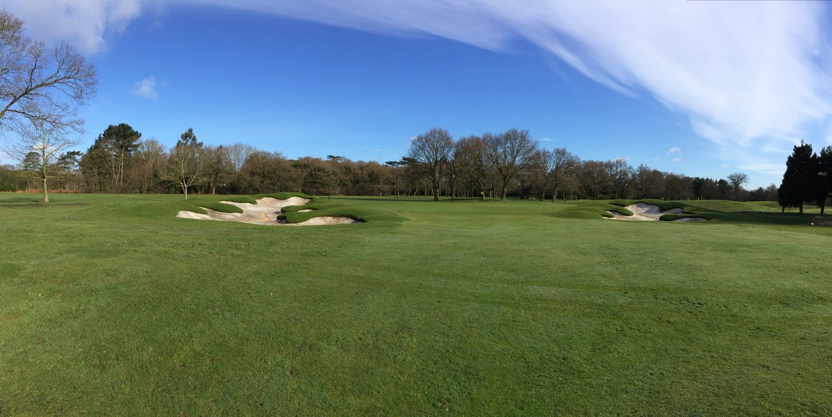 Photos of the fantastic Bunker Refurbishment on the Colt Course which will be reopening next month! https://t.co/Ob7Y5MxUG3