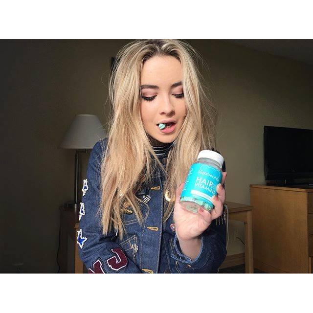 驚くばかり Cute Sabrina Carpenter Instagram