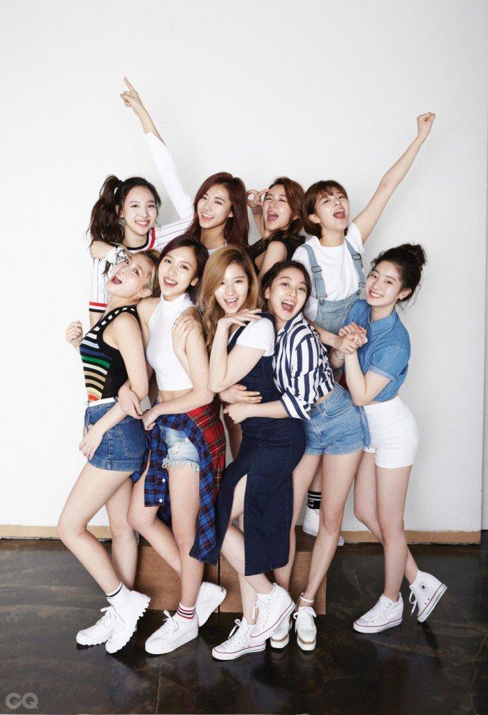 twice global on twitter pic 160330 gq korea website update
