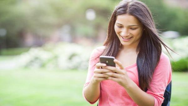Telefonate e messaggi gratis verso tutti i numeri fissi e for Mobili italiani