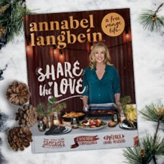 To celebrate the launch of my new winter annual I've got 3 copies to give away on Twitter. RT to win #sharethelove https://t.co/YAdjYpRMQF