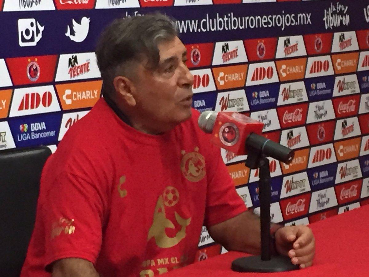 Soy el DT más viejo y es un orgullo competir con los chavos en el fútbol mexicano: @Carlos8Reinoso https://t.co/4aWTYYgMwa