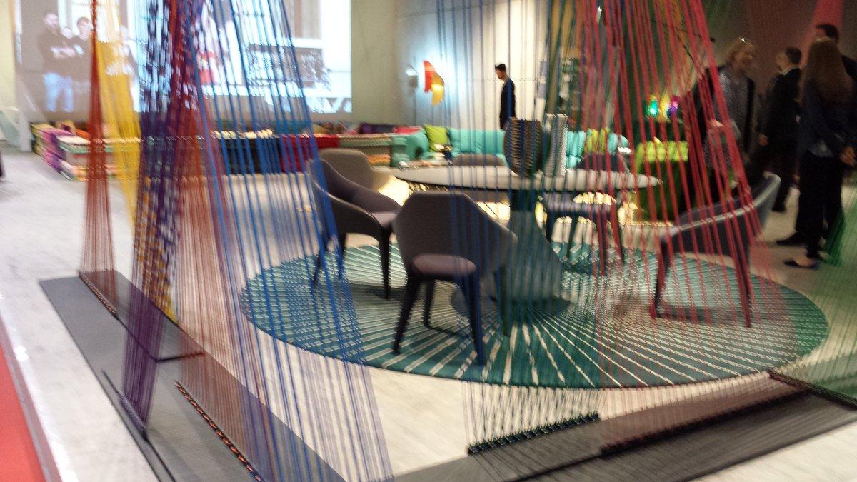 14 septembre on twitter roche bobois d voile le fauteuil odea sur le salon du meuble de milan - Meubles de salon roche bobois ...