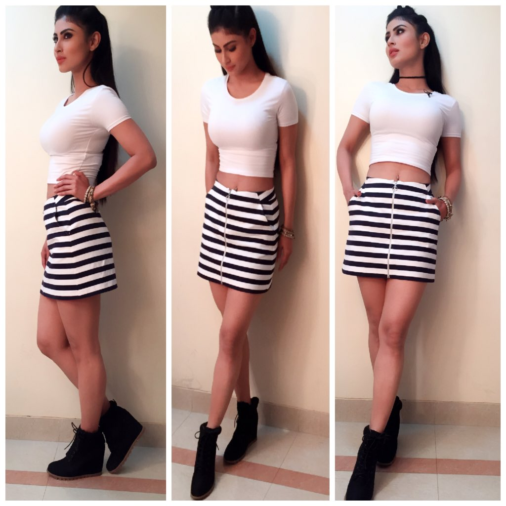 Mouni Roy,hot,pic,images,pictures,latest,Naagi,So You Think Can Dance India,sexy,host