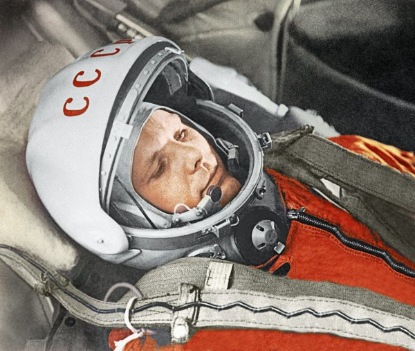 Yuri #Gagarin became the first human in space #OnThisDay in 1961, shouting 'Poyehali' (let's go) at blast off https://t.co/d6R36z60lD