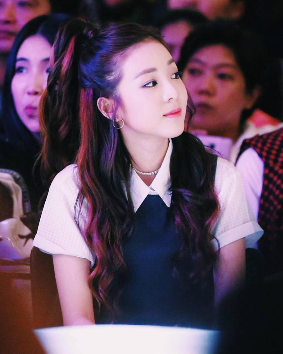 "Instagram: Hairstylist Dahyun Shares ""Popular Pretty Girl"" Sandara Park's Hairstyles While… https://t.co/NQS1OmzJg0 https://t.co/2NPEaVFchQ"