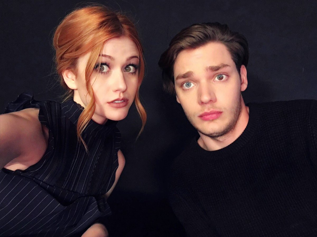 #Pandemonium in Paris for day 2 #NETFLIX press w @DomSherwood1 ! @ShadowhuntersTV
