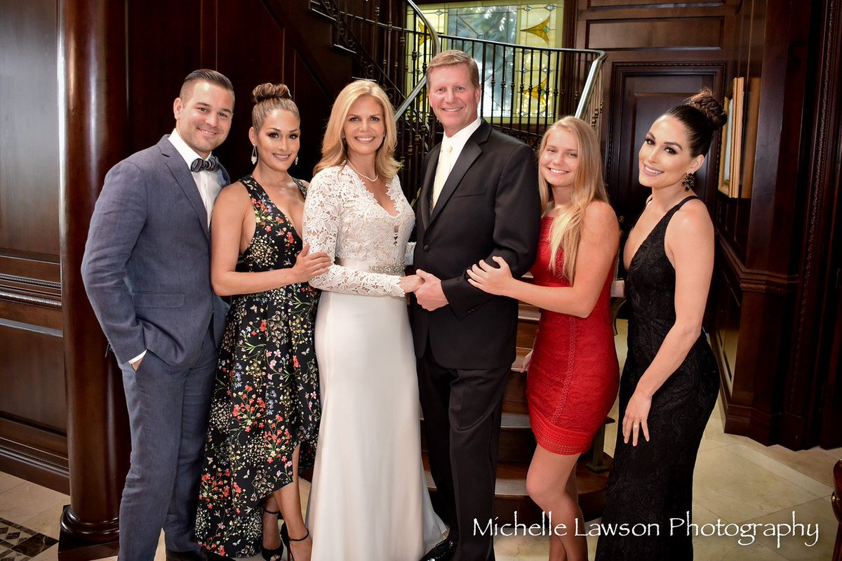 "BellaTwinsPhotos.COM on Twitter: ""Michelle Lawson Photography - Kathy Colace & John Laurinaitis wedding: https://t.co/xy3E498Bme https://t.co/cv0l4LZDmo"""