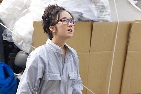宮本由香里役を演じる黒木華