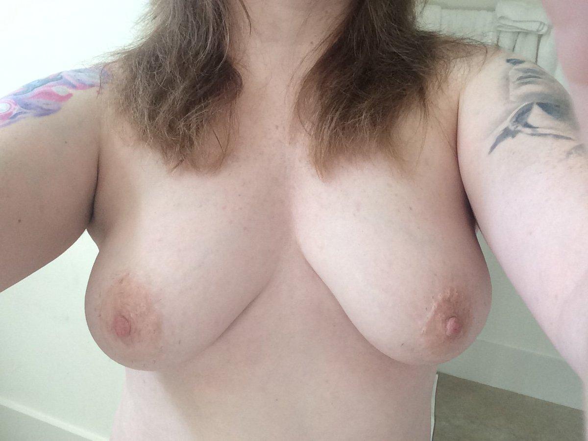 Nude Selfie 4823
