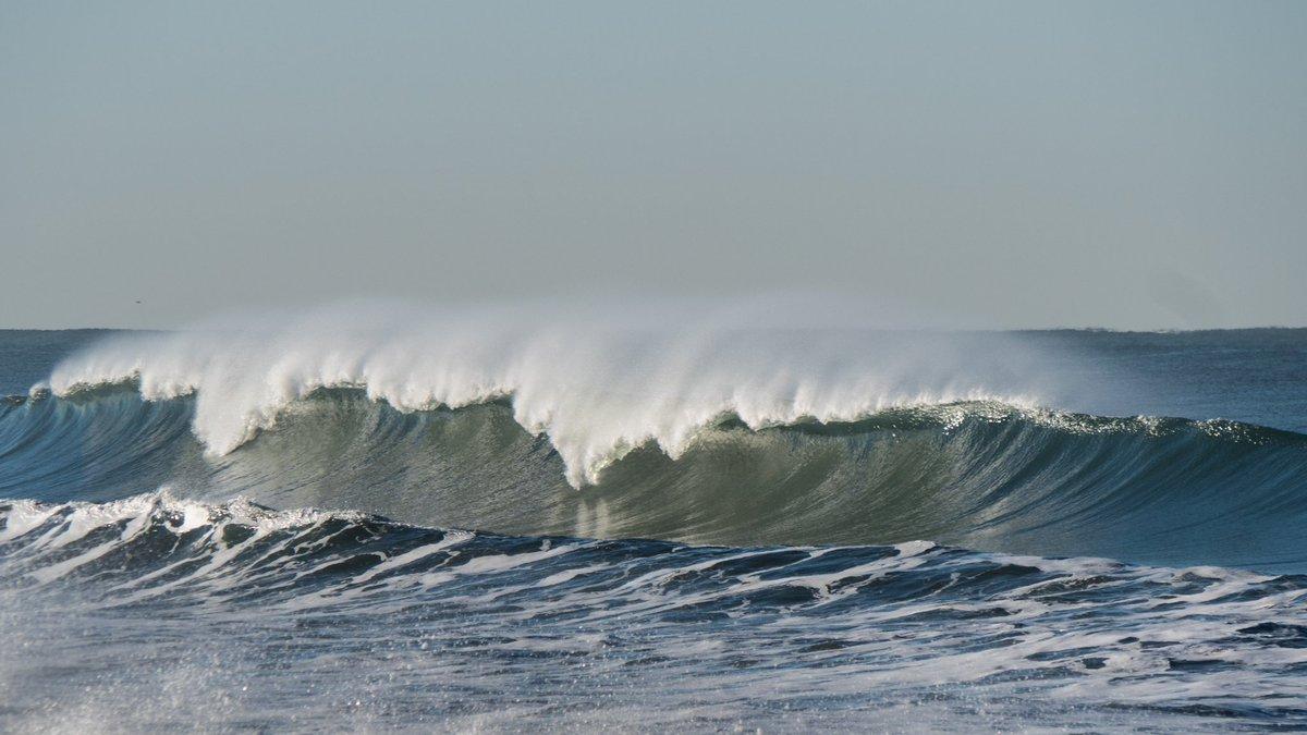 Magic #surf #waves #venturasurf #Ventura #livethesearch #stokelife #boobieshack #stokedvision #californicationpic.twitter.com/E3CLBXDMVG