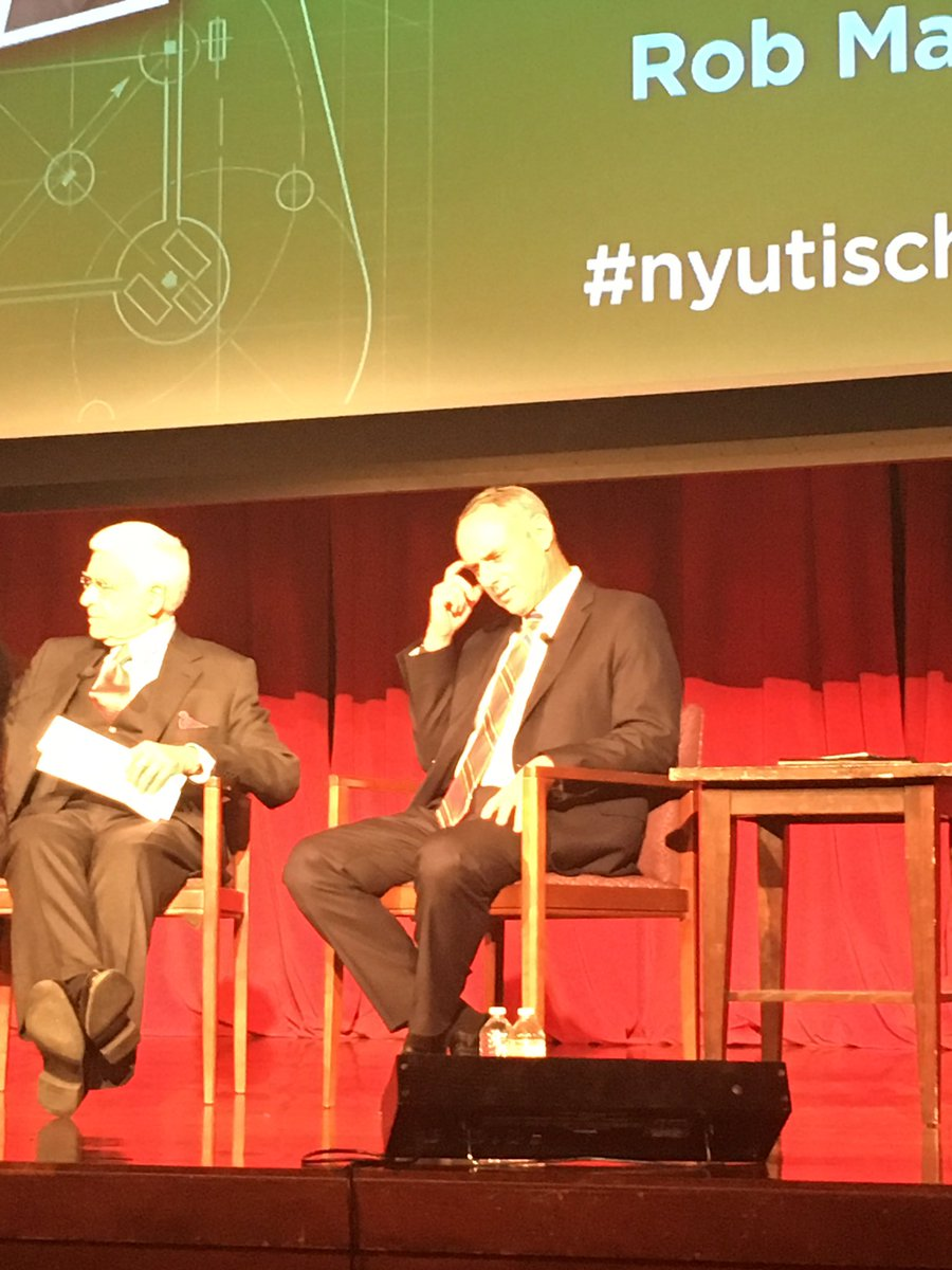 Great time at #nyutischsports seeing the Commissioner of @MLB speak. Great talk! @nyutischsports https://t.co/q3owvuJu2R